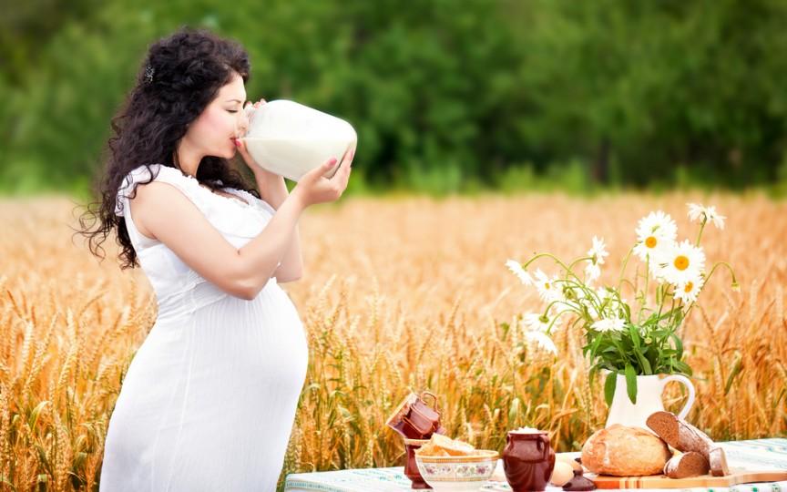 În săptămâna a 32-a de sarcină bebelușul are toate simțurile dezvoltate