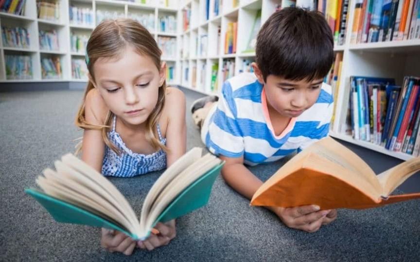 Ai cărți de care copilul tău deja s-a săturat? Dăruiește-le copiilor de la sat!