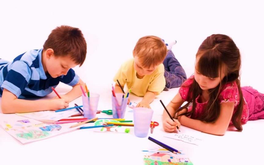 Activităţi şi cursuri gratuite pentru copii şi adolescenţi. Lista centrelor din Chişinău