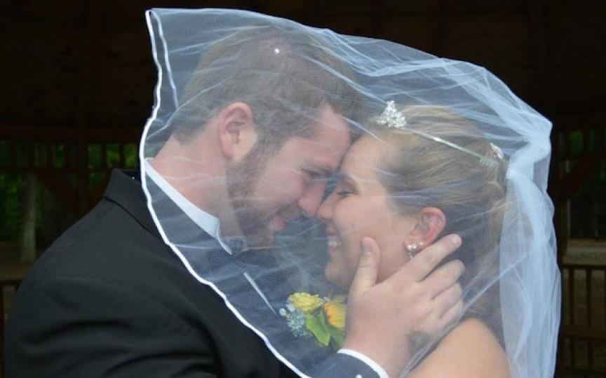 Soţia lui şi-a pierdut memoria în urma unui accident, vezi ce a făcut soţul ei