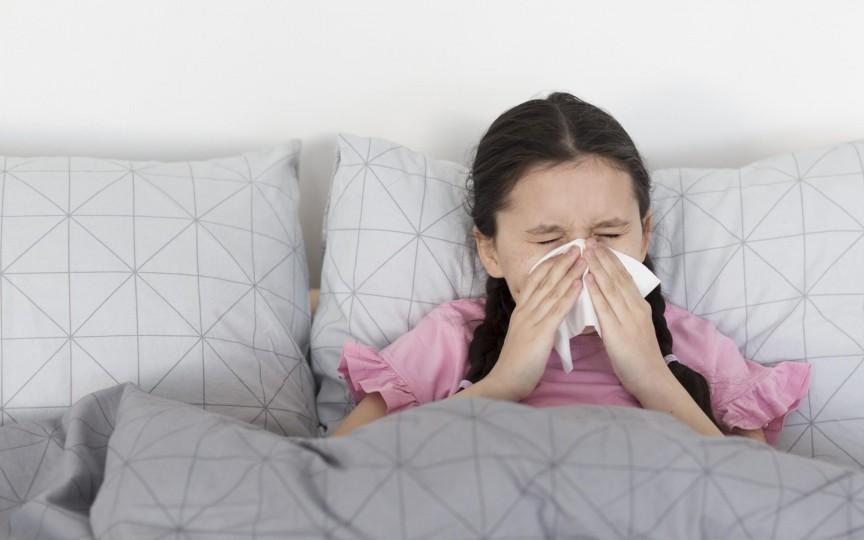Virozele respiratorii la copii – sfaturi și recomandări de la medicul pediatru