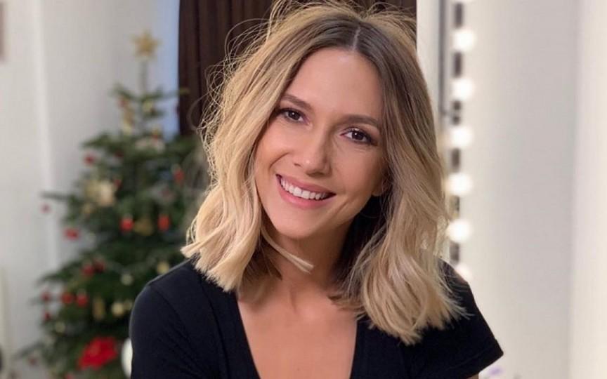 Adela Popescu este însărcinată pentru a treia oară
