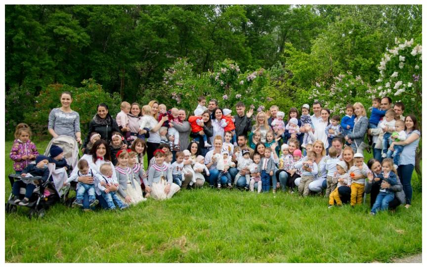 (FOTO) Mămicile de gemeni și tripleți au sărbătorit Ziua Familiei