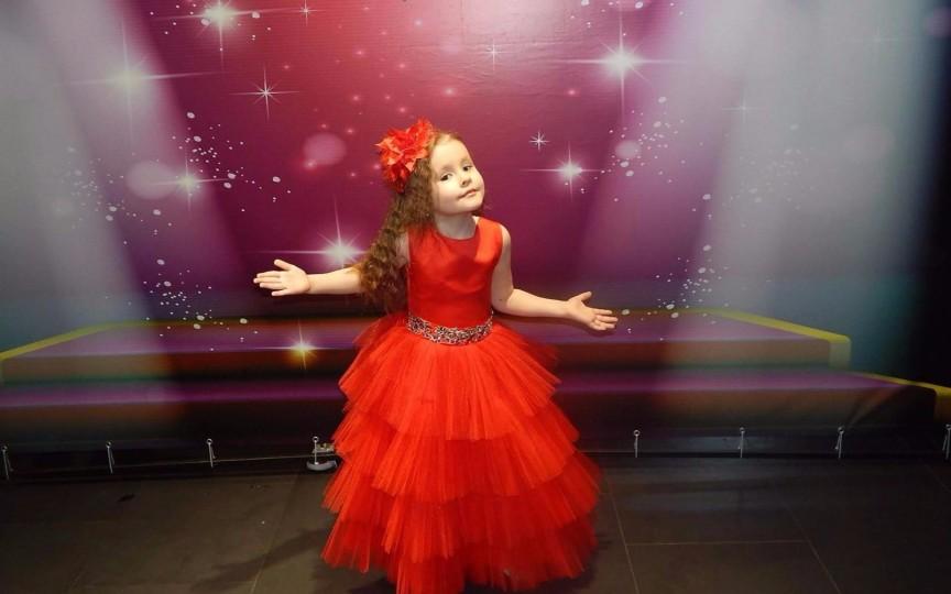 Evelina Rusu, prințesa care își împarte timpul între muzică, dans și modeling