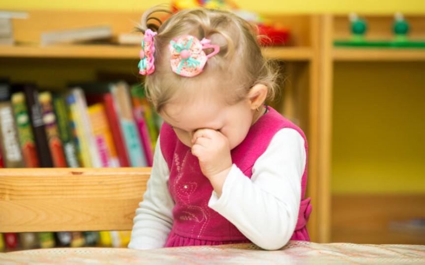 Psiholog: De ce plânge copilul la grădiniță și cum poate fi ajutat să se acomodeze?