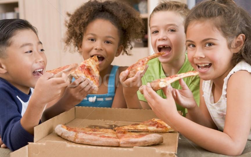 Studiu: copiii mănâncă alimente ultra-procesate, mai mult ca niciodată