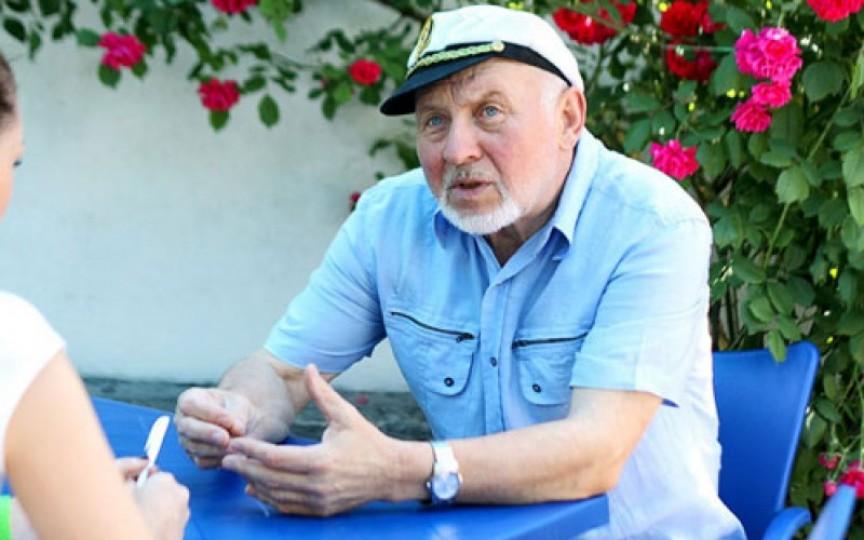 (Video) Gheorghe Urschi a împlinit frumoasa vârstă de 70 de ani