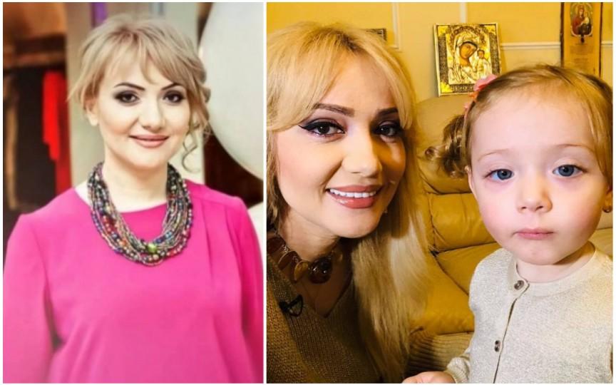 (FOTO) Adriana Ochișanu deja a făcut bradul de Crăciun fiind ajutată de fiica sa Mihaela