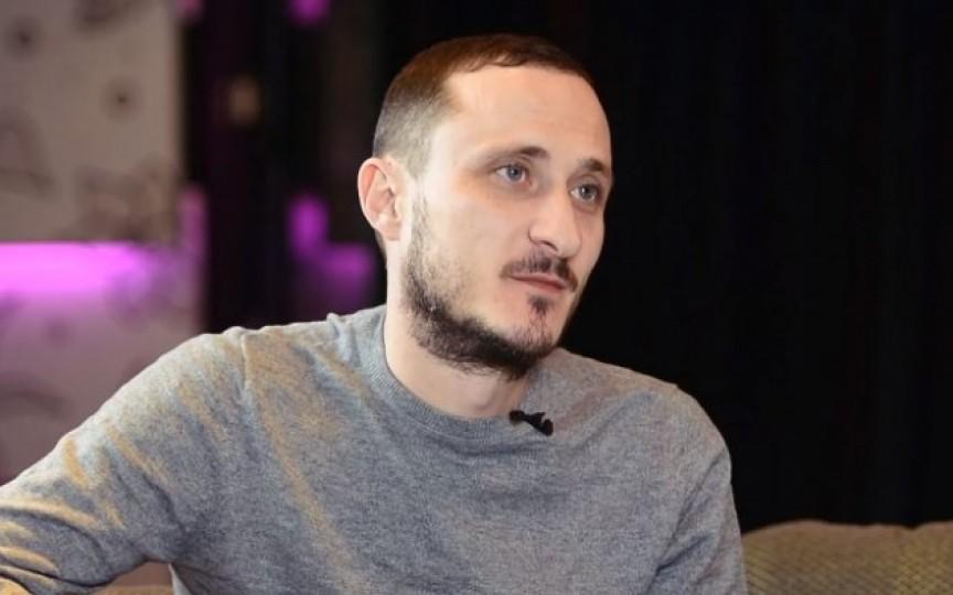 """Mesaj de susținere pentru Mihai Stratulat de la Ionela Hadârcă: """"Jios labele de pe Stratulat!"""""""