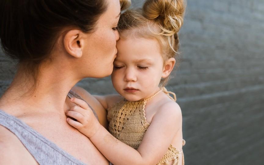 Poveste cu morală pentru copii: Mama este îngerul nostru păzitor