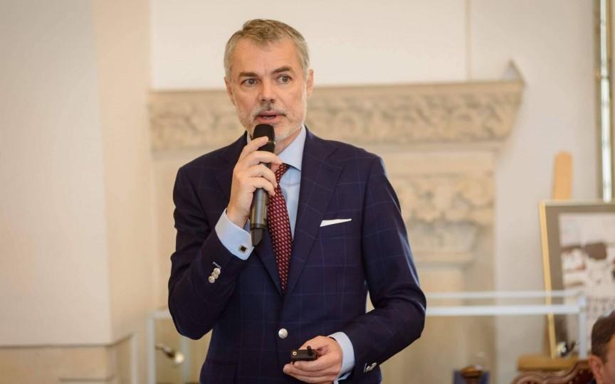 Dr. Mihai Craiu: Uneori prea multă curățenie poate agrava problemele respiratorii la copii