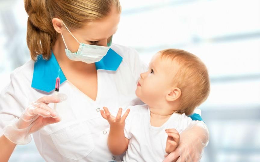 Topul vaccinurilor importante pentru bebeluși