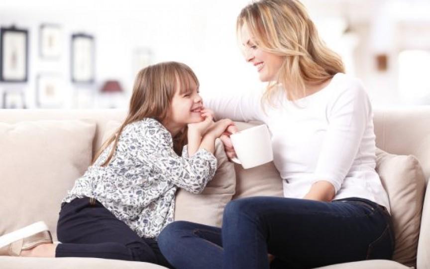 Educaţia pozitivă a copiilor – 5 sfaturi ale psihologului în ajutorul părinţilor