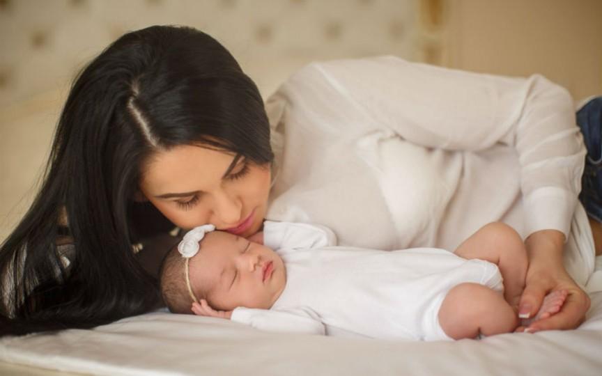 """Cristina Cojocaru: """"În experiența nașterii cel mai mult contează atitudinea echipei medicale"""""""