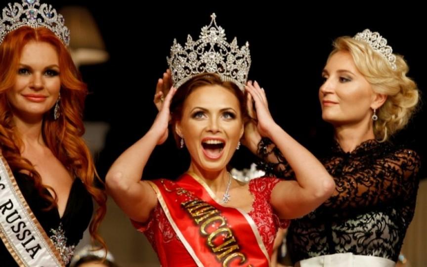 Missis Rusia 2015 este mamă a 6 copii