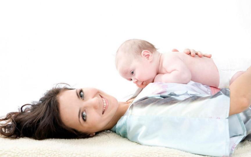 În cât timp revine la forma inițială burtica după naștere