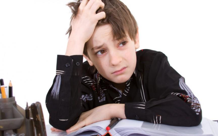 Copilul nu se poate concentra la lecții? Există o soluție ideală pentru această problemă!