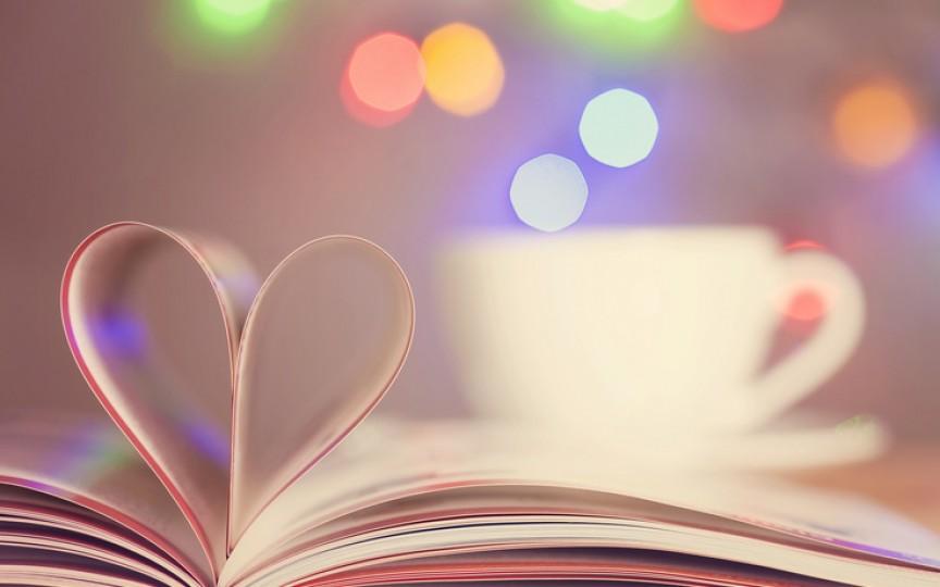 4 cărți romantice care apar în septembrie. Vă vor cuceri din prima!