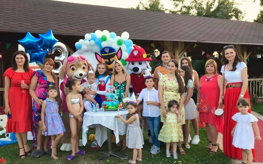 (FOTO) Mariana Mihăilă a organizat o super petrecere pentru fiul său