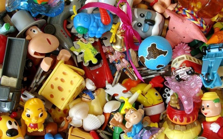 Atenție la etichetă! Ingrediente periculoase în jucării