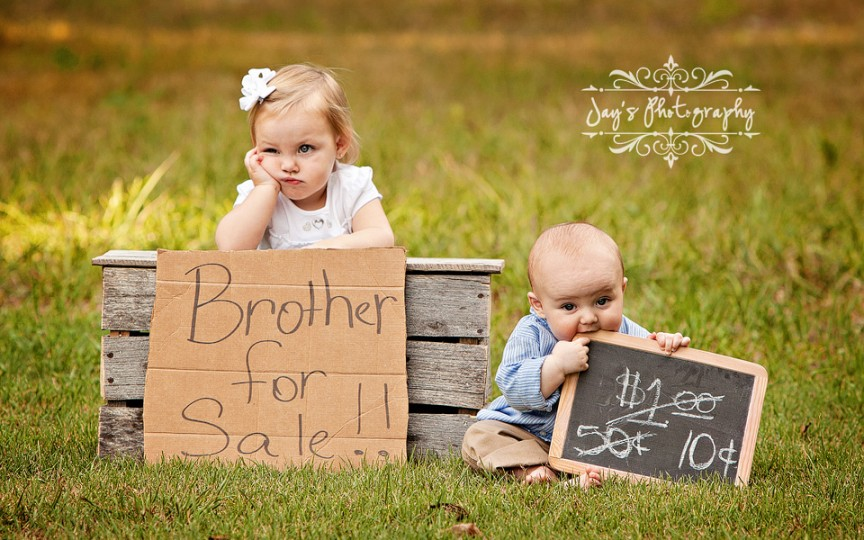 Gelozia între fraţi: de la simptome până la rezolvarea problemei