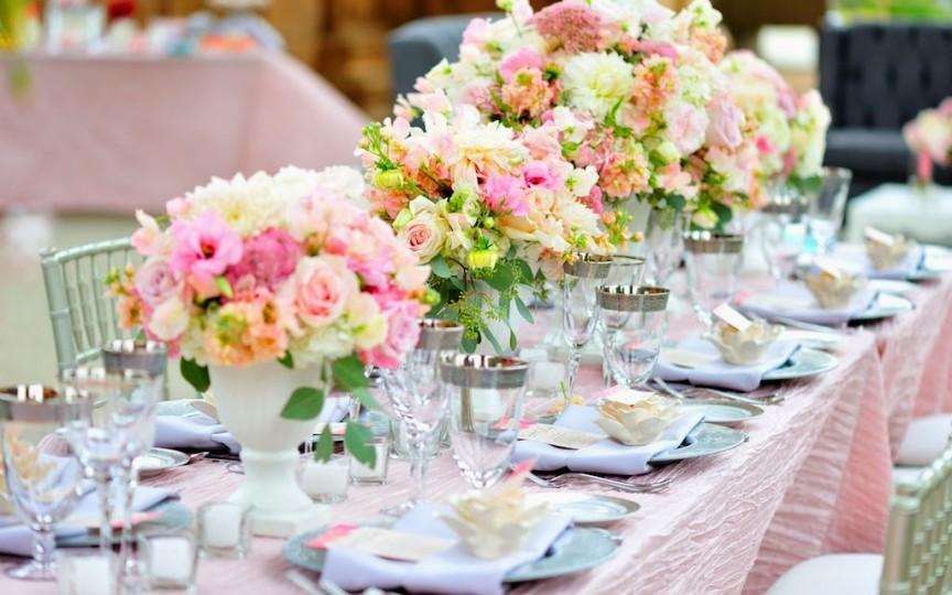 Cum să aranjezi corect o masă festivă