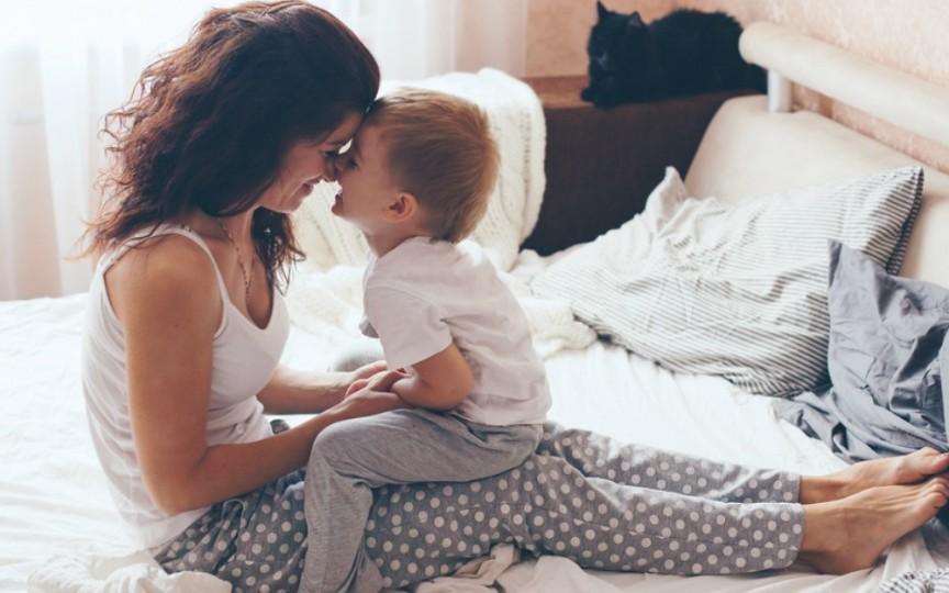 Psiholog: 10 greșeli ale mamei care duc la relații toxice cu propriul fiu