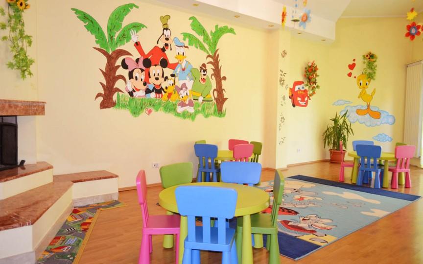 Ministerul Educației vine cu precizări privind vacanța de 42 de zile din grădinițe