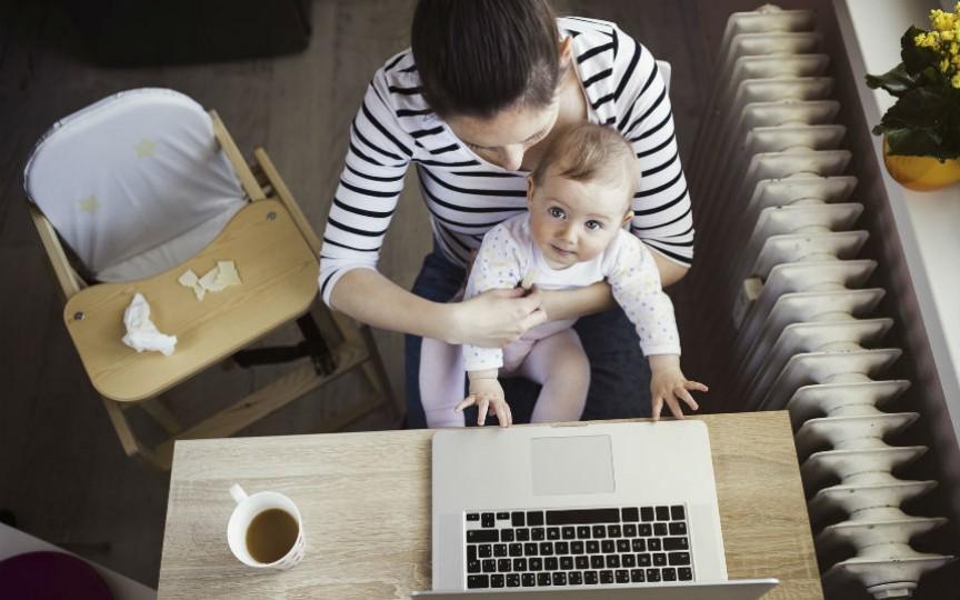 Nu există o muncă mai complicată decât cea de a fi mamă