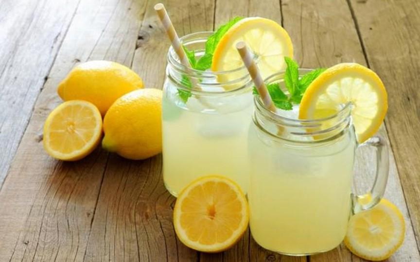 Cum să prepari cea mai delicioasă limonadă acasă