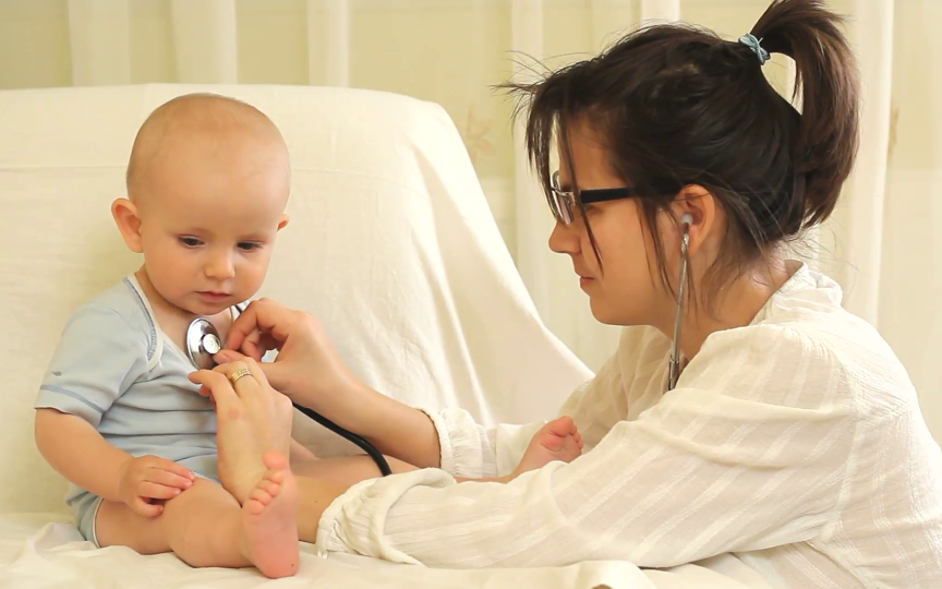 Factorii ce favorizează apariția cancerului la copii și care sunt cele mai frecvente forme