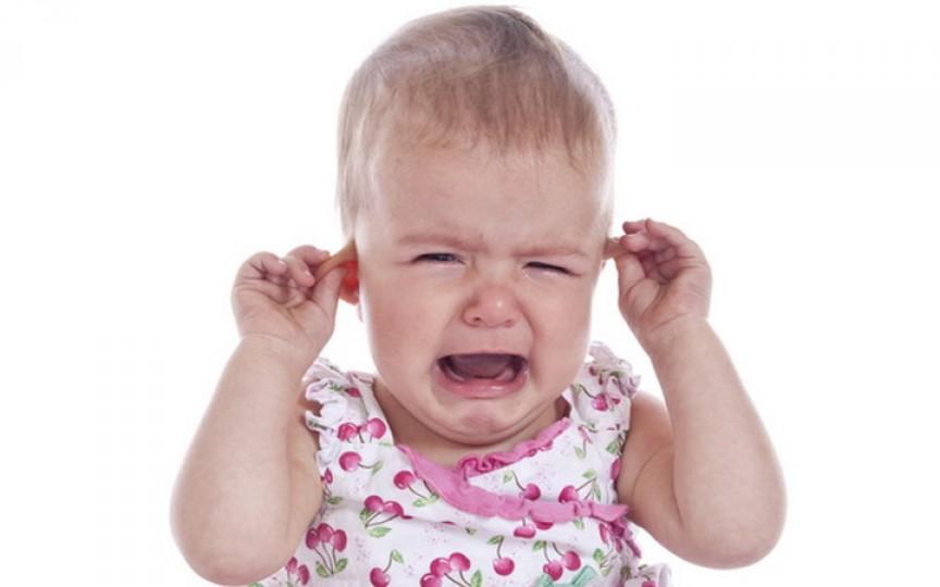 Recomandările pediatrului Komarovskii când copilul are dureri de ureche