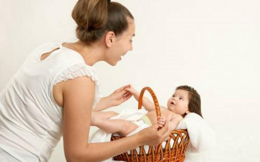 Cum îți ajuți copilul să învețe să vorbească