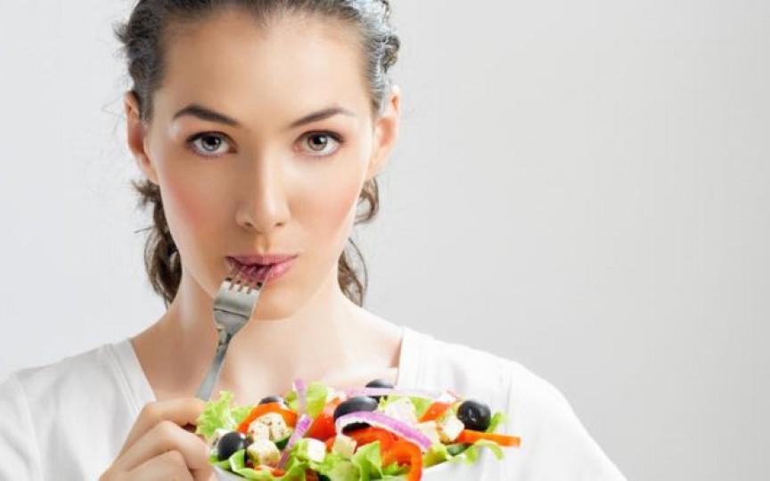Alimente ce trebuie consumate cu grijă atunci când alăptezi