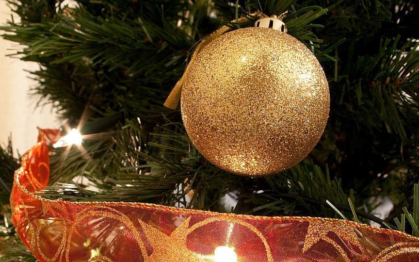 Astăzi va fi inaugurat Pomul de Crăciun din centrul Capitalei