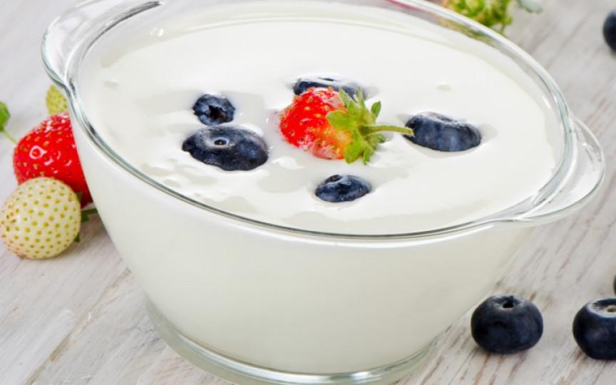 Nutriționistul spune care este cel mai sănătos tip de iaurt