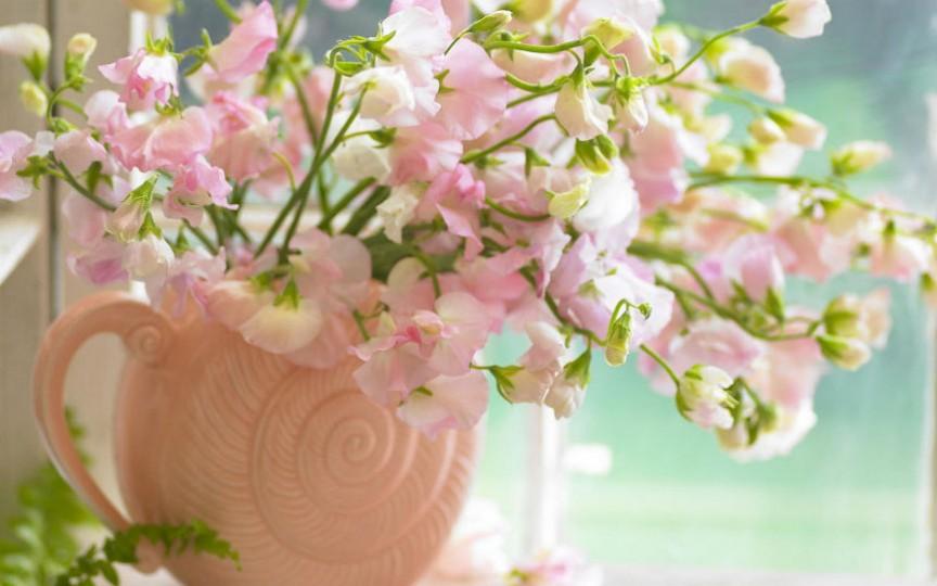 5 metode ușoare pentru a păstra florile vii mai mult timp proaspete