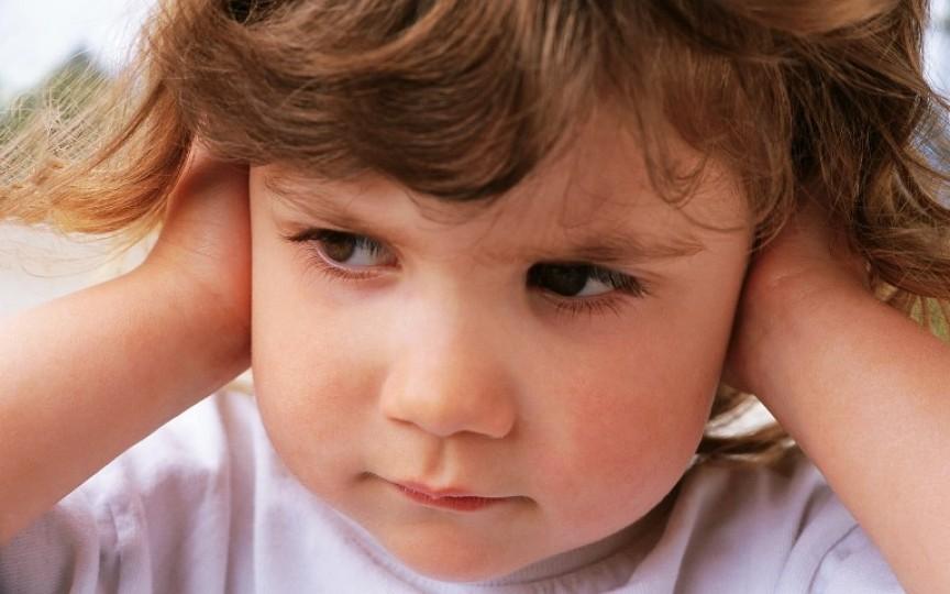 6 cauze pentru care copilul nu te ascultă