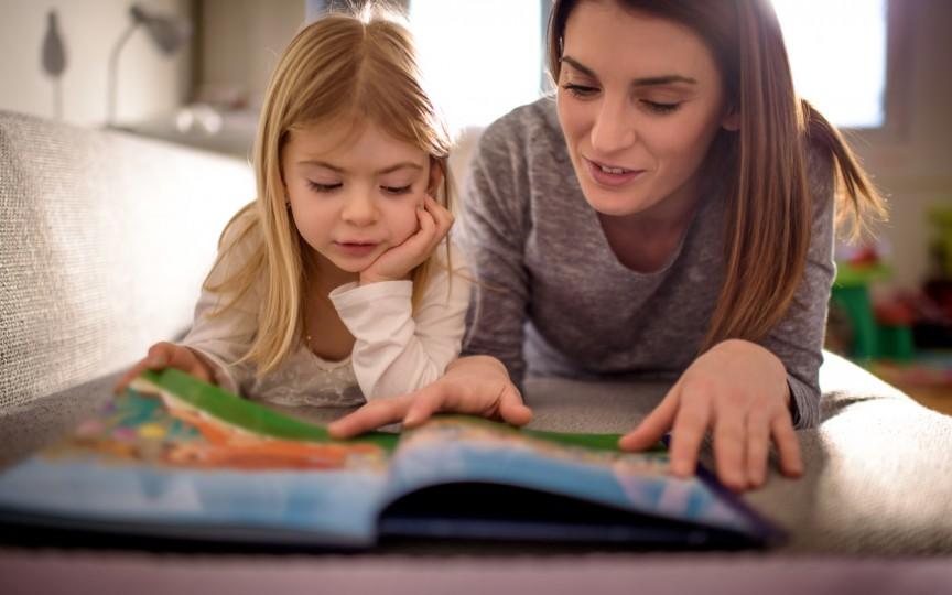 Educația prin metoda Montessori: 10 reguli de bază pe care orice părinte trebuie să le cunoască