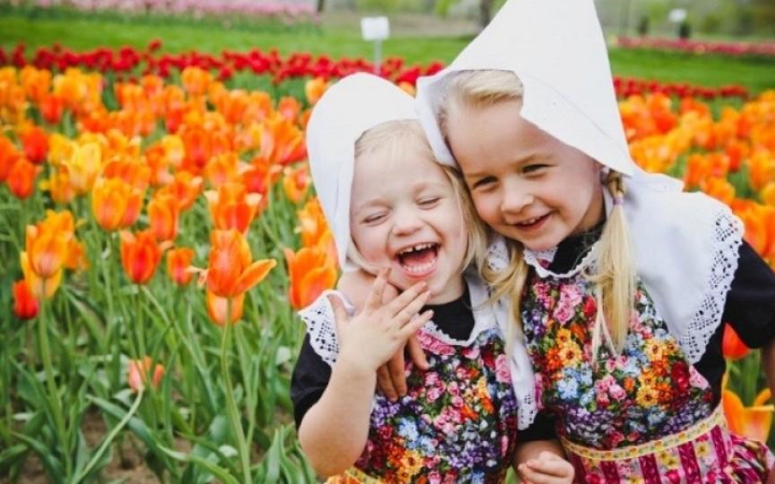Cei mai fericiți copii cresc în Olanda. Iată obiceiurile de aur ale părinților olandezi!