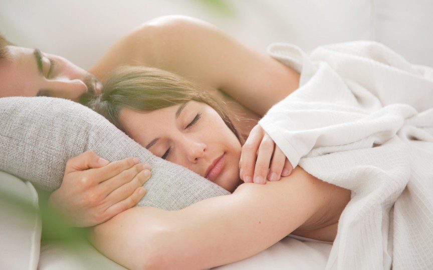 Află de ce femeile au nevoie de mai mult somn decât bărbații