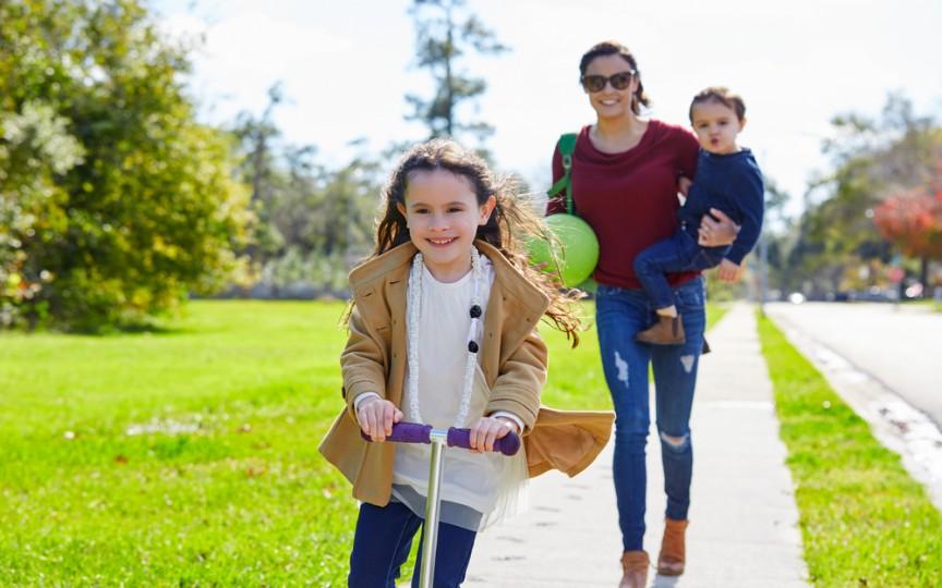 Plimbările în parc cu copiii - cum evităm pericolele?