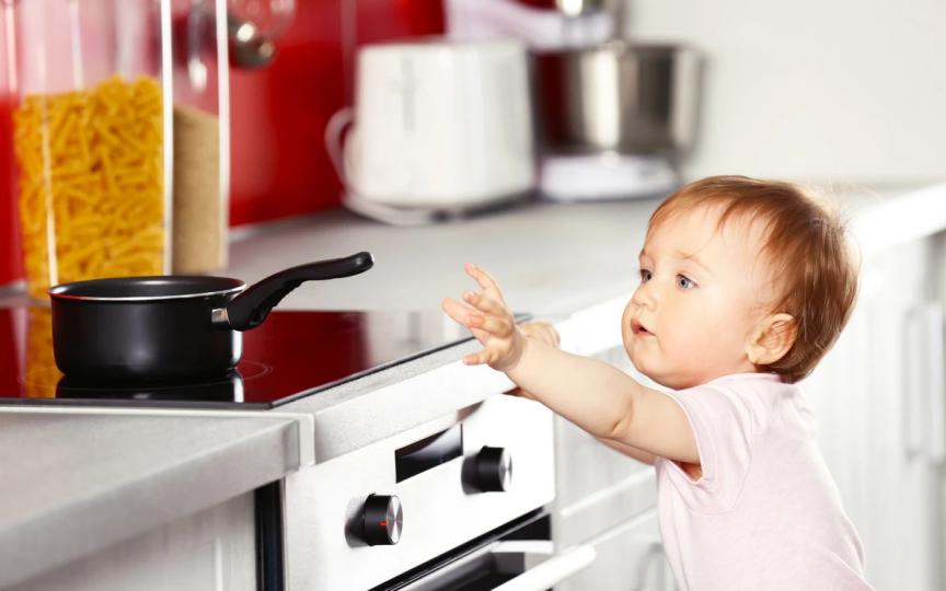 Ce trebuie să faci în cazul în care copilul se frige cu apă și are arsuri pe piele