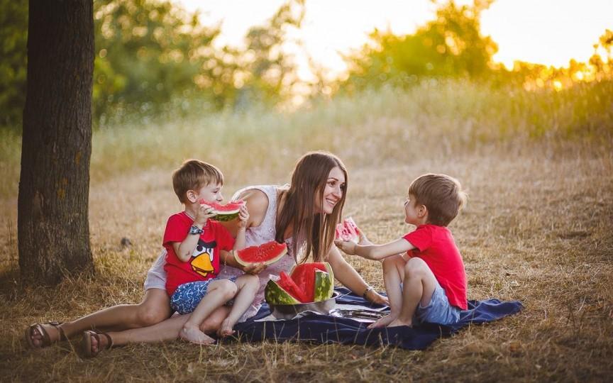 O zi din viața unei mame – fotograf: Copiii mei sunt cei care m-au motivat să aleg fotografia!