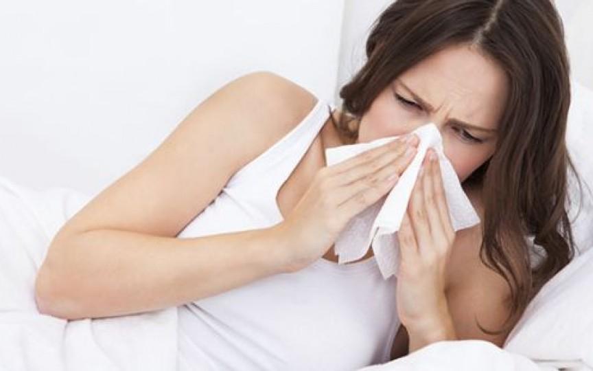 5 soluții naturale de desfundare a nasului când ai răcit