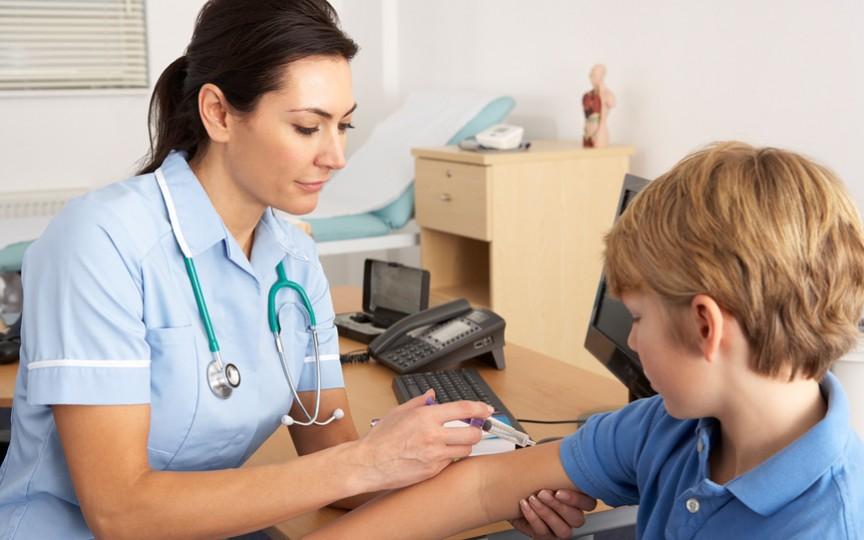 6 activități simple pe care pediatrii le aplică în raport cu proprii lor copii
