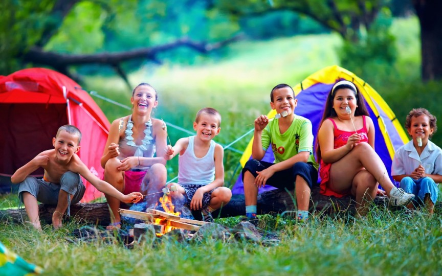 Iată cum vă puteți înscrie copilul la tabără!