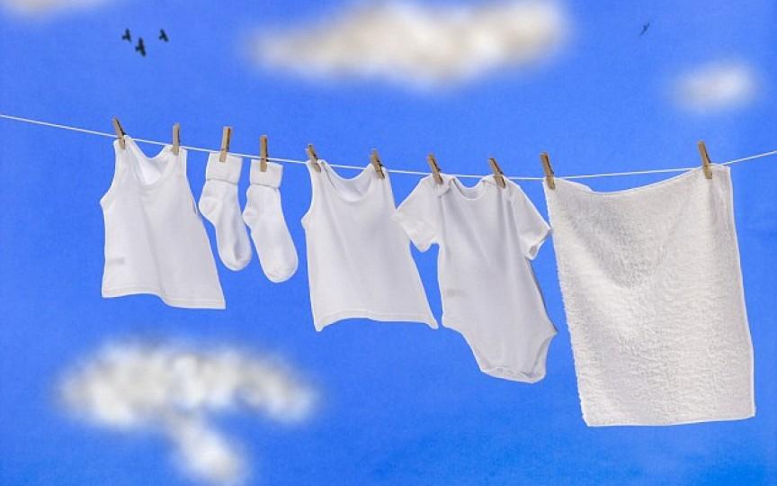 Trucuri: cum să prelungeşti durata de viaţă a hainelor