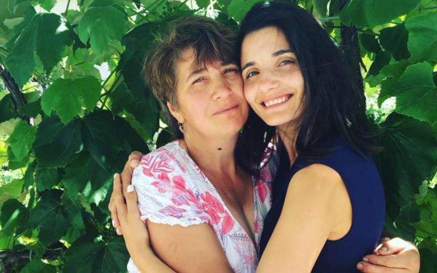 Mama lui Lilu este omagiată astăzi! Vezi ce mesaj emoționant i-a dedicat jurnalista