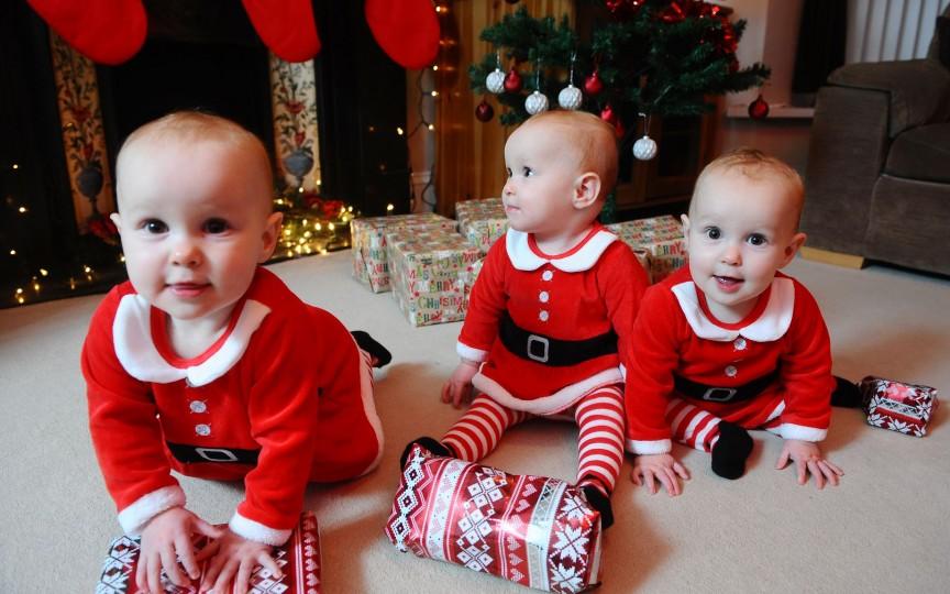 De Crăciun, să fim mai buni! Putem ajuta 6 familii cu tripleți